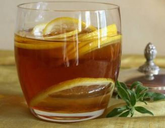 water-with-honey-and-lemon.jpg